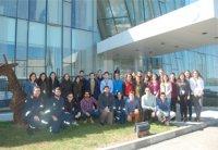 La FUE-UJI visita a los estudiantes de prácticas de la BP Oil